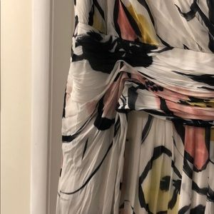 Badgley Mischka Dresses - Badgley Mischka White Floral Maxi Dress